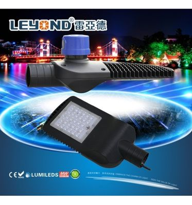 ประเทศจีน microwave sensor module led street light 160lm/w goverment road project urban road lighting ผู้จัดจำหน่าย